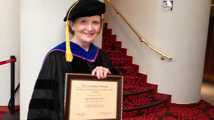 Dr. Ann Schofield receives the Louise Byrd Award for Graduate Teaching and Advising (2014)